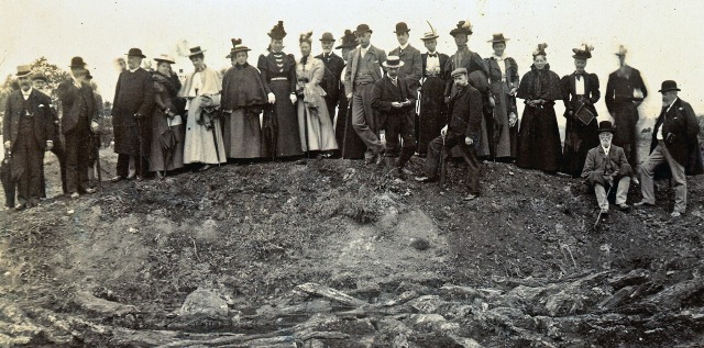 Antiquarians visiting the Lake Village excavations in the 1880s